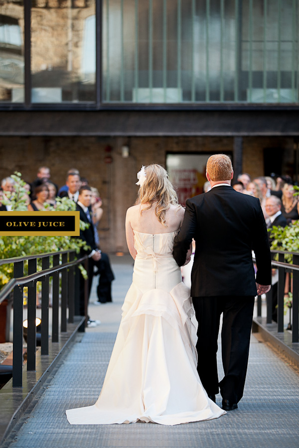 Mill City Museum Wedding Photography By Olive Juice Studios In Rochester MN