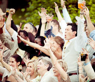 bride and groom cheering - www.olivejuicestudios.com