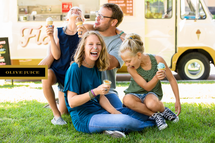 Family and Newborn Photographs Rochester MN   Olive Juice Studios -