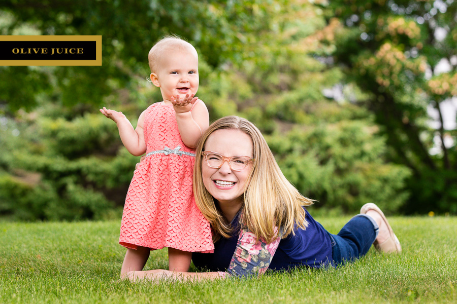 Olive Juice Studios - Rochester Minnesota Family and Newborn Photography -