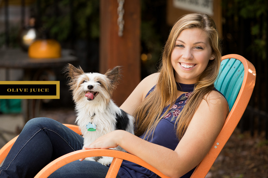 Senior photograph with dog Rochester MN | Olive Juice Studios -