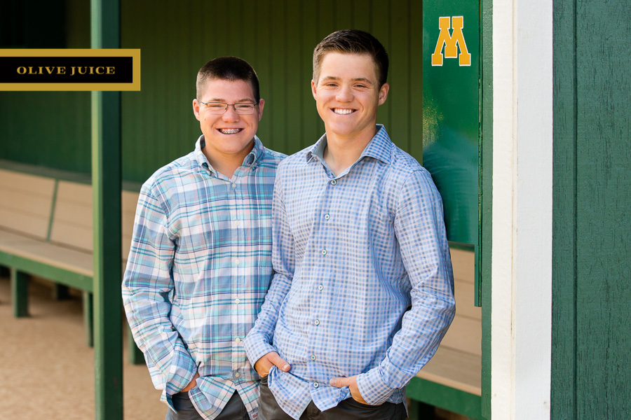 Olive Juice Studios - Rochester Minnesota Senior and Family Photography -