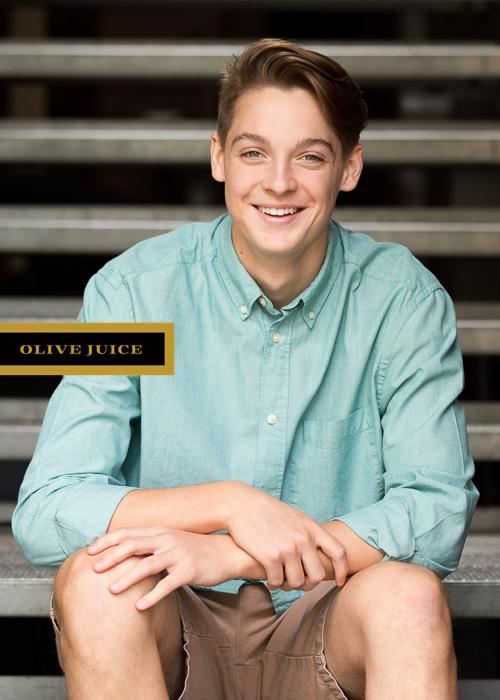 Senior photographs Rochester MN   Olive Juice Studios -
