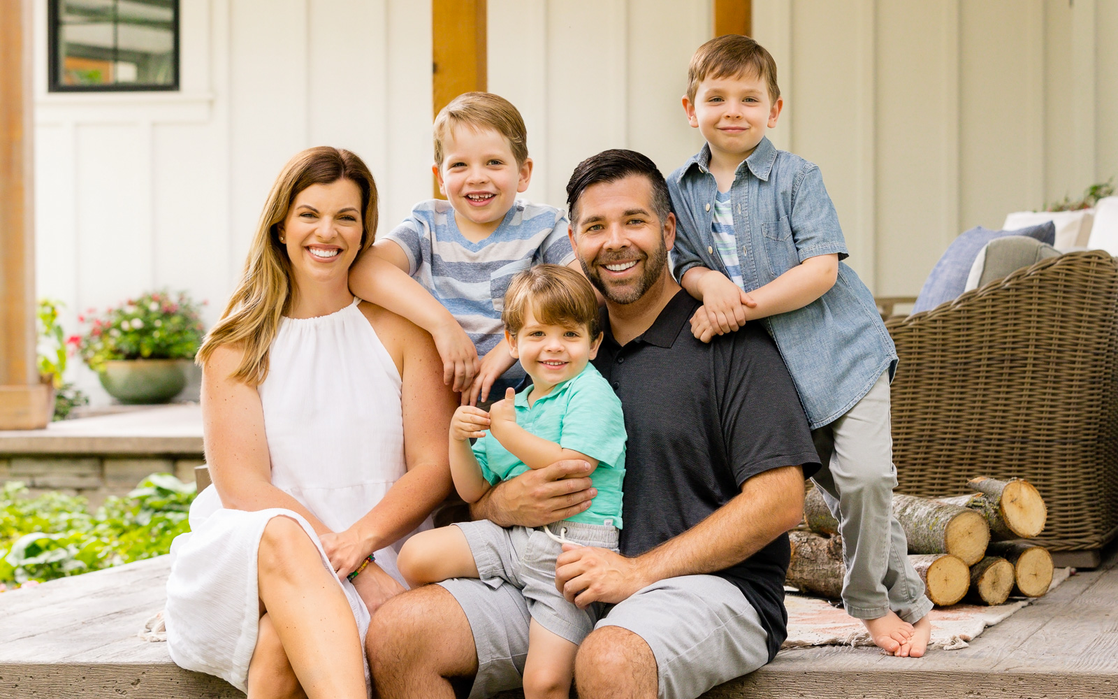 Family and Newborn Photographs Rochester, Minnesota | Olive Juice Studios -