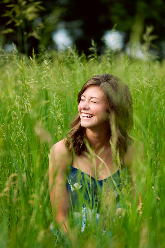 Fun senior photographer near me Rochester Minnesota | Olive Juice Studios -