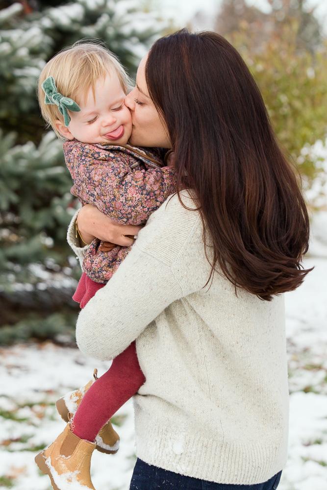 Olive Juice Studios - Rochester Minnesota Newborn and Family Photographs -