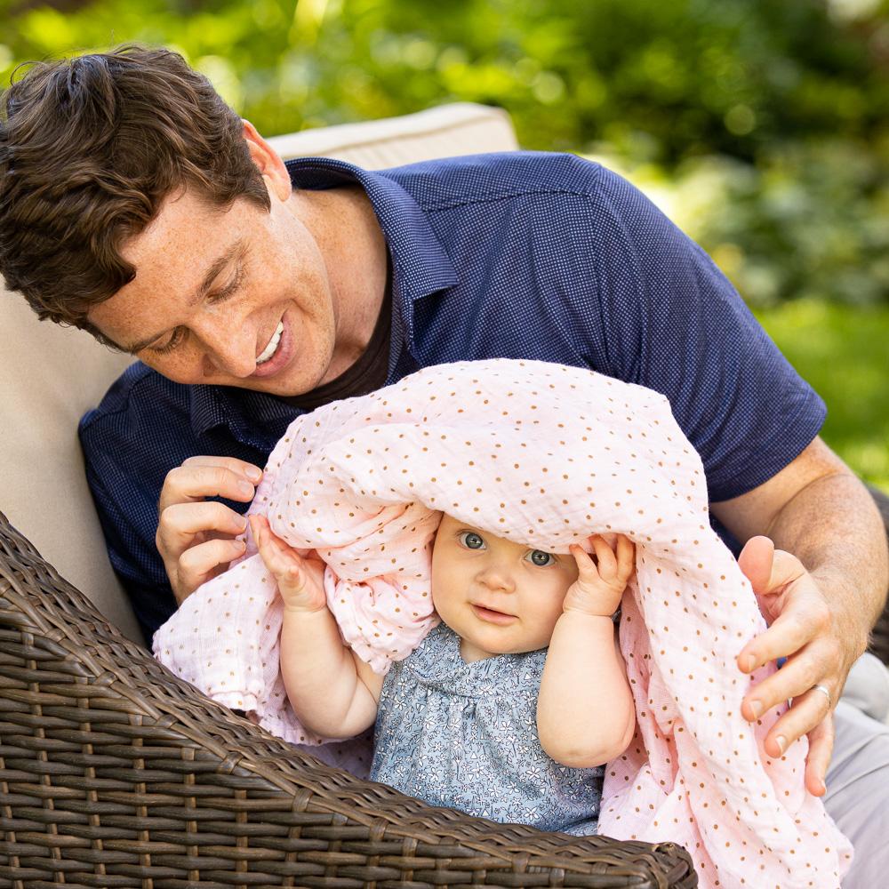 Newborn and Family Portraits Rochester, Minnesota   Olive Juice Studios -