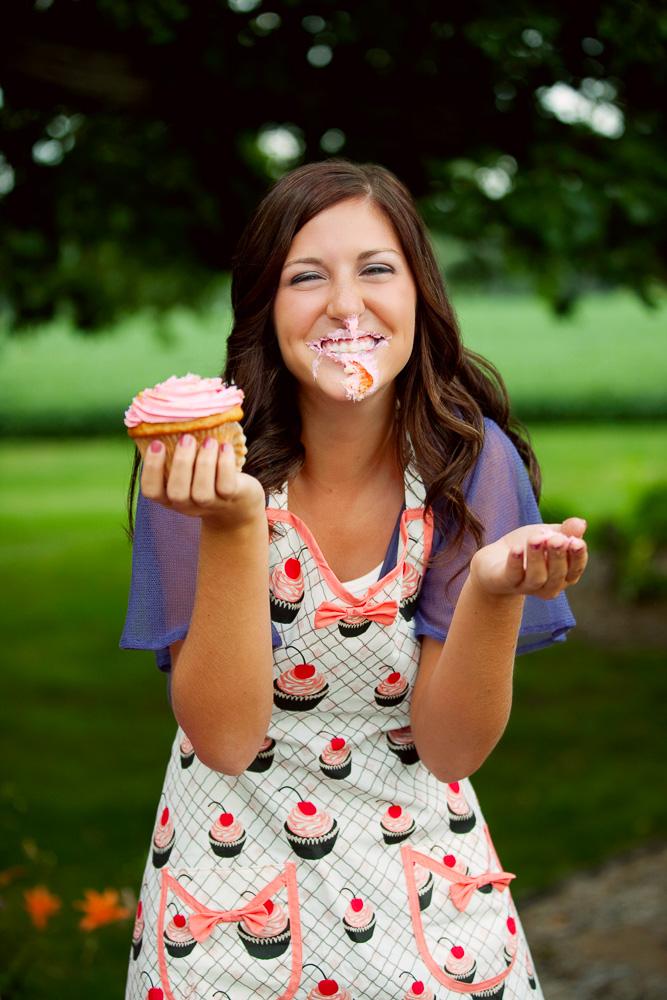 Fun senior girl photographer Rochester MN | Olive Juice Studios -