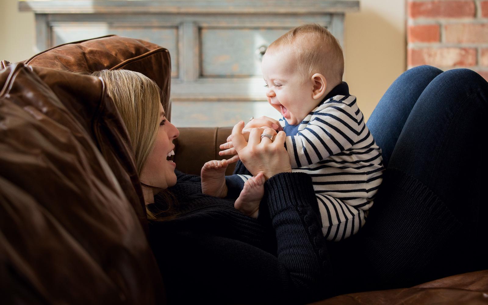Olive Juice Studios - Rochester Minnesota Newborn and Family Photographer -