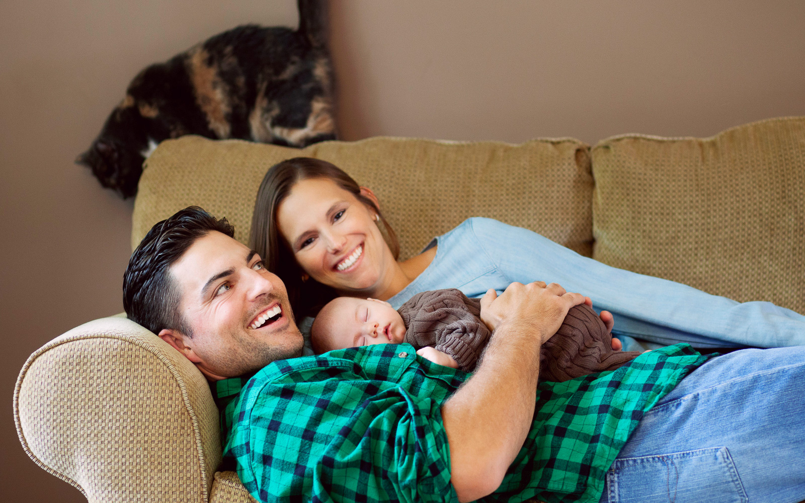 Olive Juice Studios - Rochester Minnesota Newborn and Family Photography -
