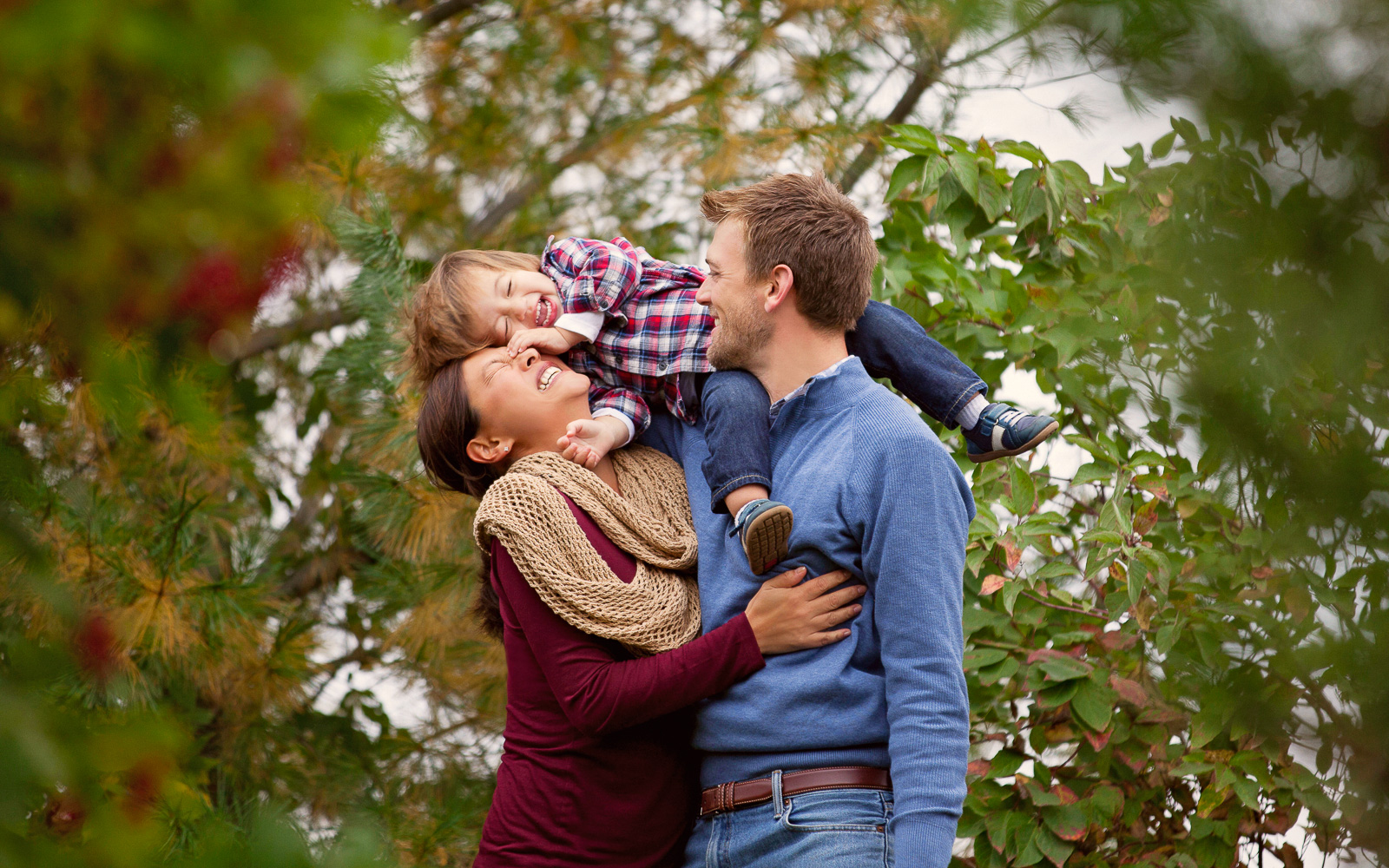 Family and Newborn Photographer Rochester MN | Olive Juice Studios -