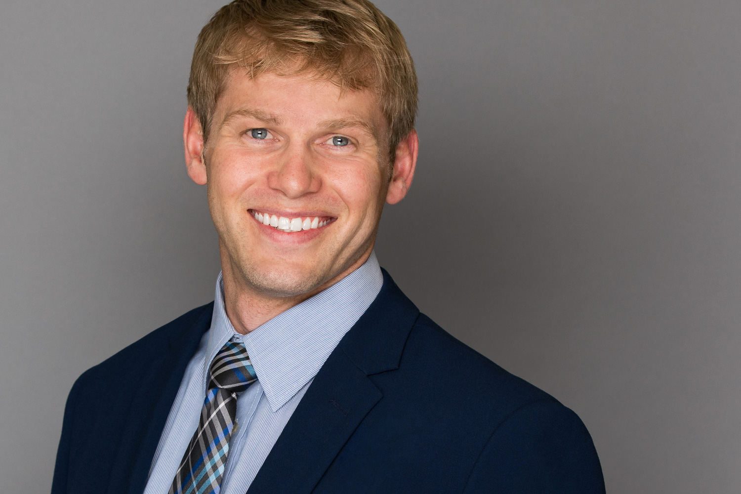 Olive Juice Studios - Rochester MN Headshot and Business Portraits -